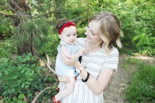 mama-and-little-teething-necklace-giveaway-dearly-noted-lifestyle-blog-1